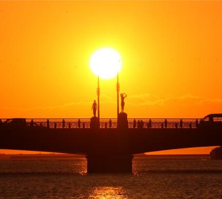 幣舞橋(夕陽)