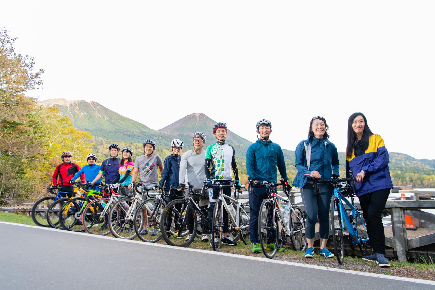 Start from Lake Akan Enjoy premium gourmet riding